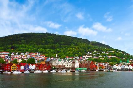 Blick auf das Bryggen-Hafenviertel in Bergen