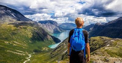 Der Norwegisch Videosprachkurs von Sprachenlernen24 eignet sich sehr gut für die Vorbereitung auf eine Reise nach Norwegen.