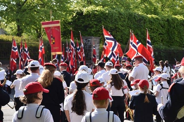 Parade am 17 mai in norwegens Nationalfeiertag